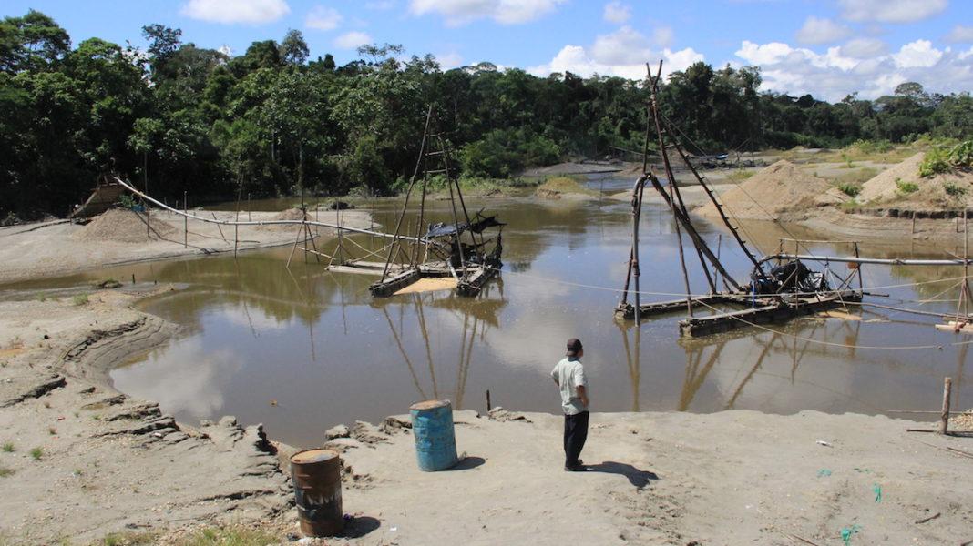 Reportaje muestra cómo la minería ilegal depreda bosques en territorio del pueblo Wampis