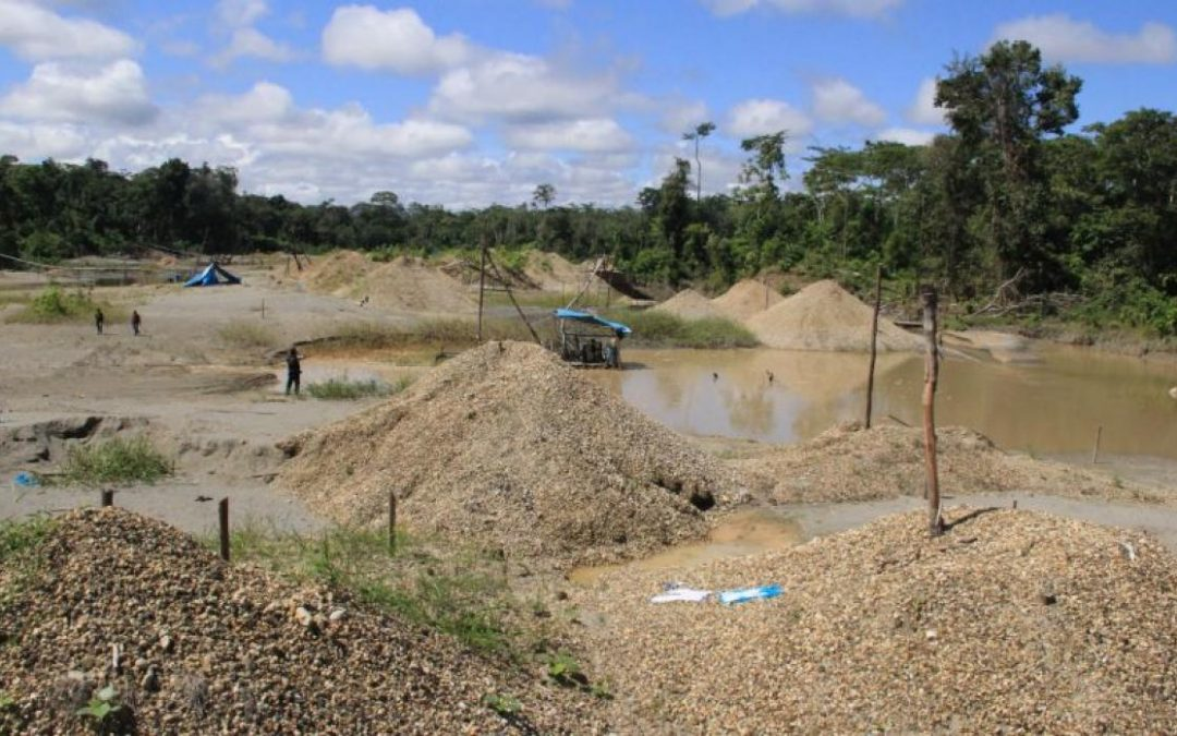 Minería ilegal destroza selva de Amazonas [FOTOS Y VIDEO]