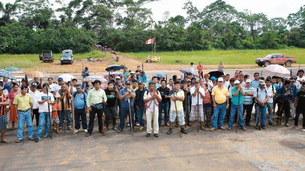 Nativos toman base de Petro-Perú y exigen diálogo con la PC