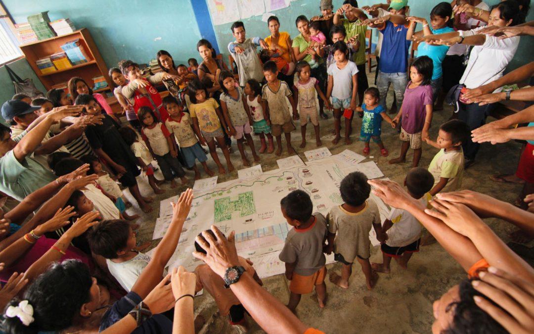 Instan a las autoridades garantizar condiciones de escolares indígenas
