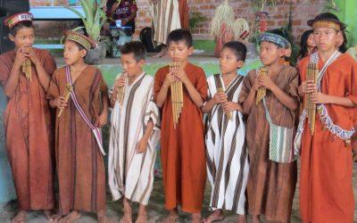 Niños yanesha buscan revalorar su identidad cultural durante encuentro