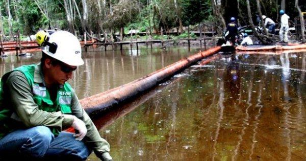 Funcionario de PetroPerú dijo a nativos de Loreto que podían comer pescado contaminado | VIDEO