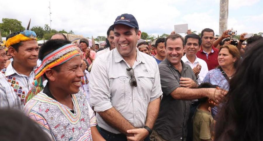 Zavala visita Saramurillo y reitera compromiso de cumplir acuerdos