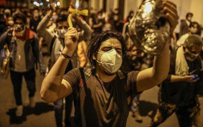 La democracia peruana agoniza