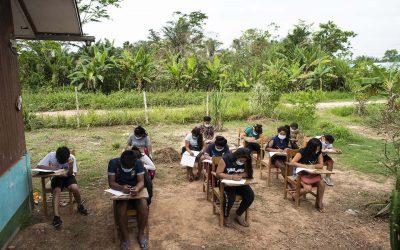 """Iglesia de Iquitos donará 2500 receptores de radio a escolares de pueblos rurales e indígenas para acceder a """"Aprendo en Casa"""""""