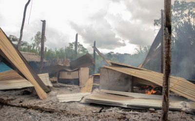 Madre de Dios: Comunidad reclama por incendio de viviendas y vehículos en operativo contra la minería ilegal