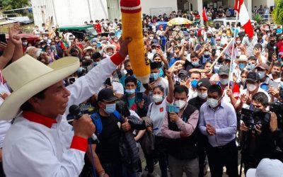 Elecciones en Perú: En búsqueda de su identidad