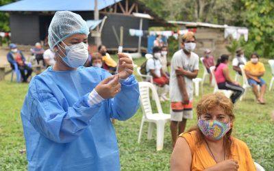 Vacunación Covid-19: Defensoría pide intensificar la difusión en lenguas indígenas