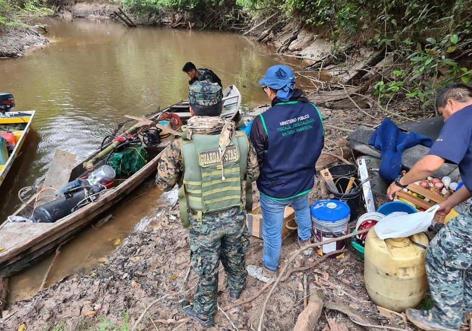 Minería ilegal en el Nanay (Loreto): Destruyen 12 peque-dragas, pero no hay detenciones
