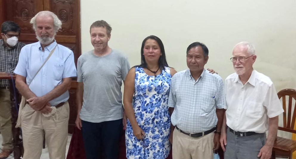 """""""El mundo habla de la ayahuasca sin escuchar la experiencia de los pueblos amazónicos que la conocen"""". Jeremy Narby, co-autor de 'Plantas Maestras. Tabaco y Ayahuasca'"""